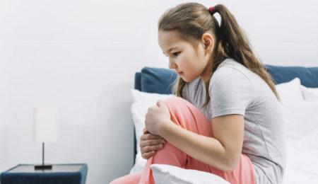 Criança com dor, automutilação, depressão