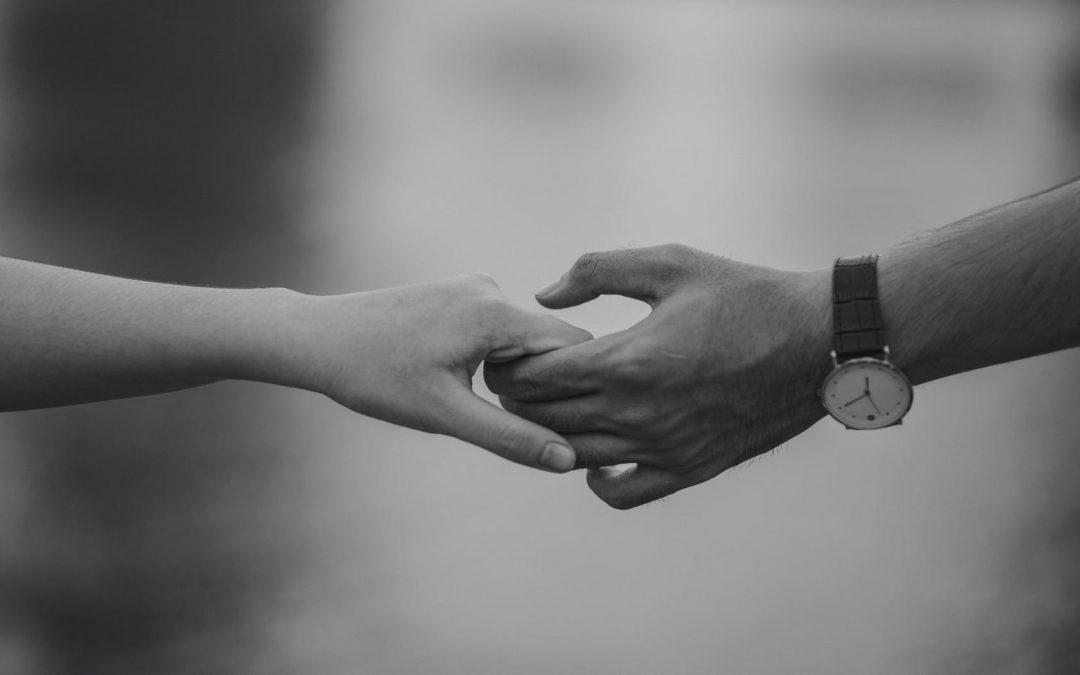 Relacionamento abusivo: como identificar? 5 alertas + soluções